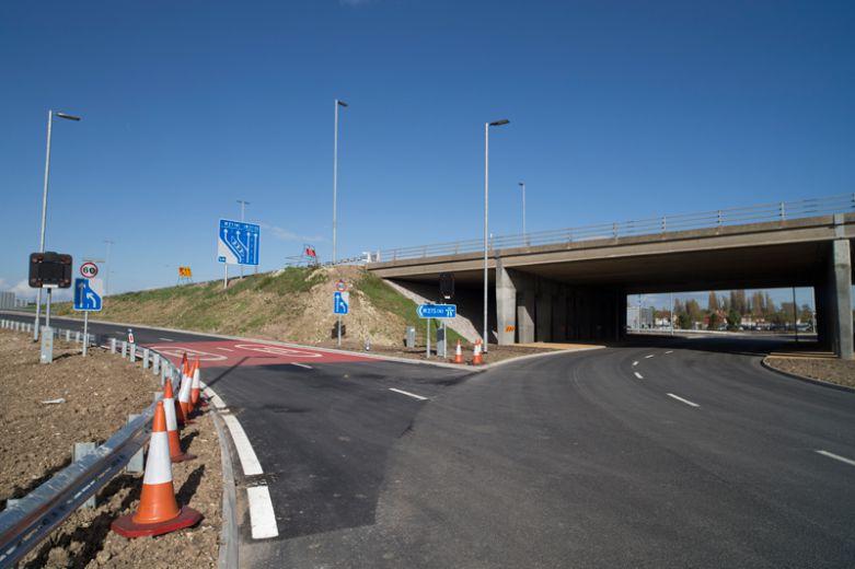 M275 Tipner new motorway interchange and bus lane - VolkerFitzpatrick